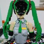 hatsune berukuran manusia dari lego 22