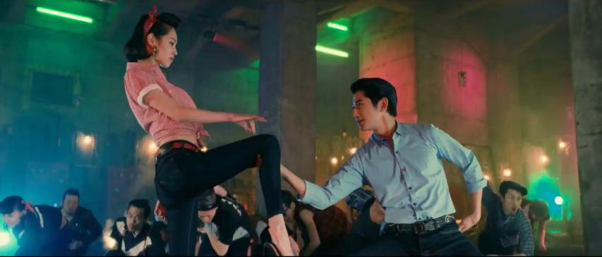 "Dance Battle ""Mizuhara Kiko"" dan ""Eita"" untuk Iklan 'EDWIN Jerseys'"